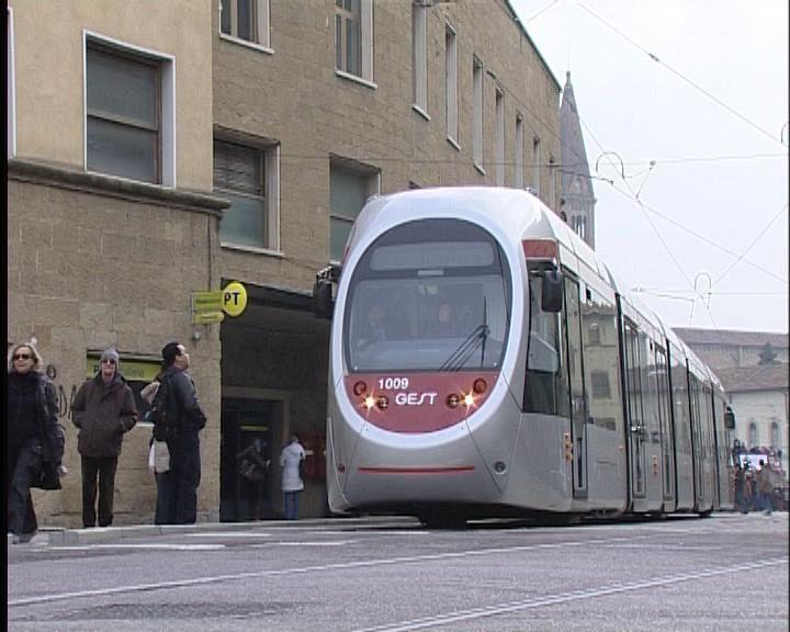Bus e tramvia corse a rischio per lo sciopero attualit for Bagno a ripoli firenze bus