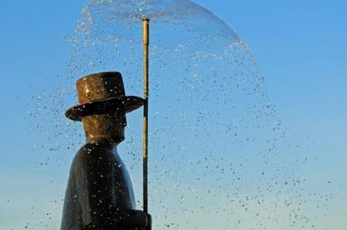 L uomo della pioggia di nuovo in magazzino attualit firenze - Magazzino della piastrella e del bagno firenze fi ...
