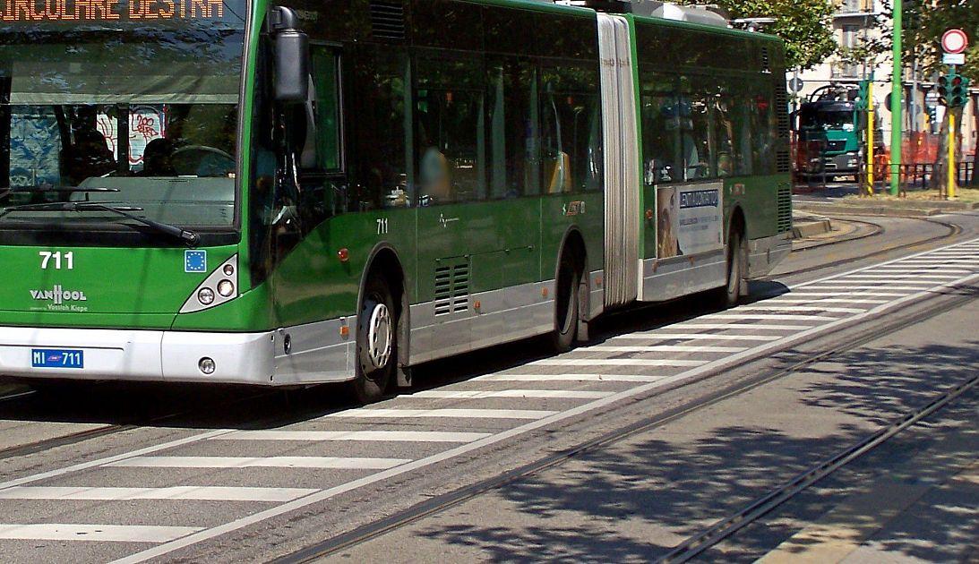 Il bus elettrico ruba il posto alla tramvia attualit for Bagno a ripoli firenze bus