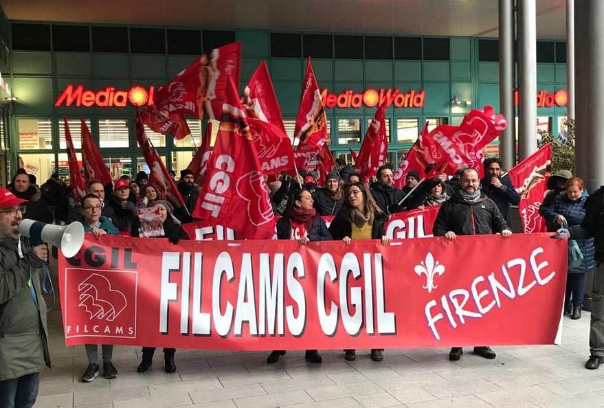 Contro i tagli è sciopero da Mediaworld | Lavoro Firenze