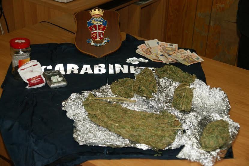 Raffica di arresti per droga e spaccio cronaca valdelsa for Arresti a poggiomarino per droga
