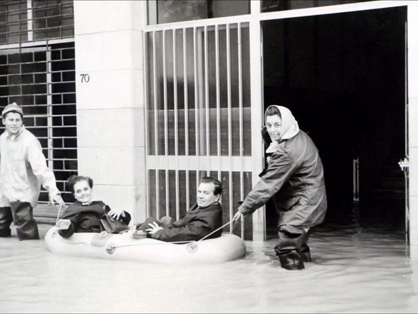 Alluvione del 39 66 i ricordi della gente attualit pontedera for 11 marine terrace santa monica