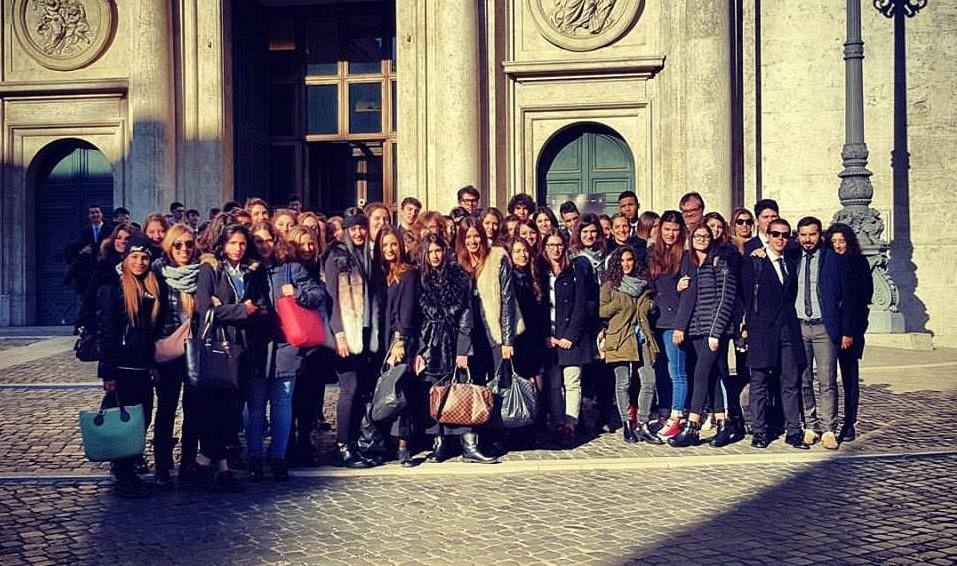 Gli studenti del montale alla camera dei deputati for Camera dei deputati roma