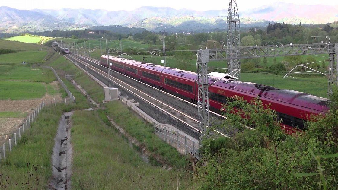 Rami Sulla Linea Av Treno Fermo Per Due Ore Attualit