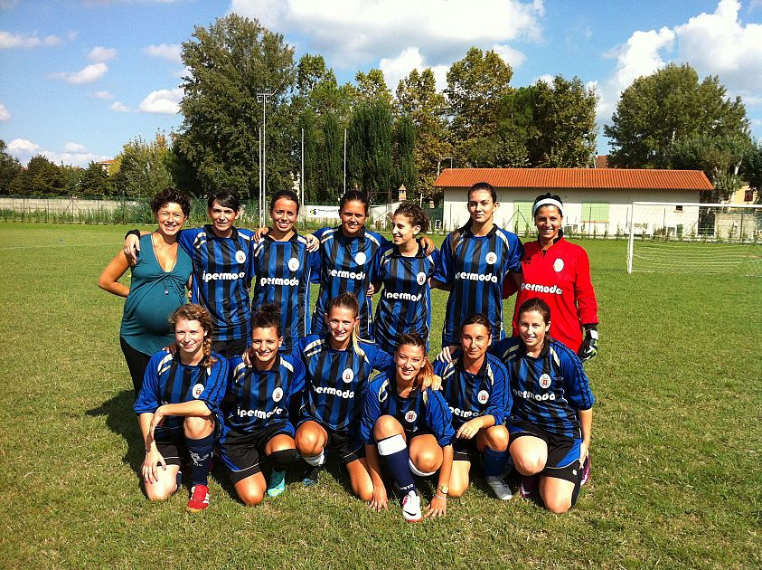 w le donne pisa soccer - photo#18