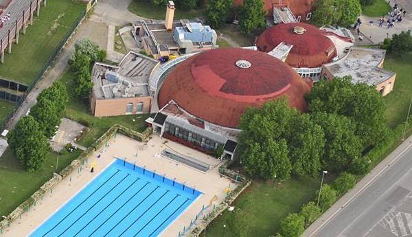 La piscina anche per i mattinieri attualit pontedera for Piscina pontedera