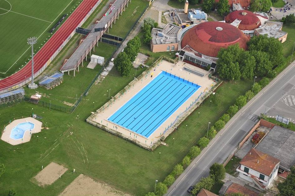 piscina chiusa per cinque giorni attualit pontedera On piscina pontedera