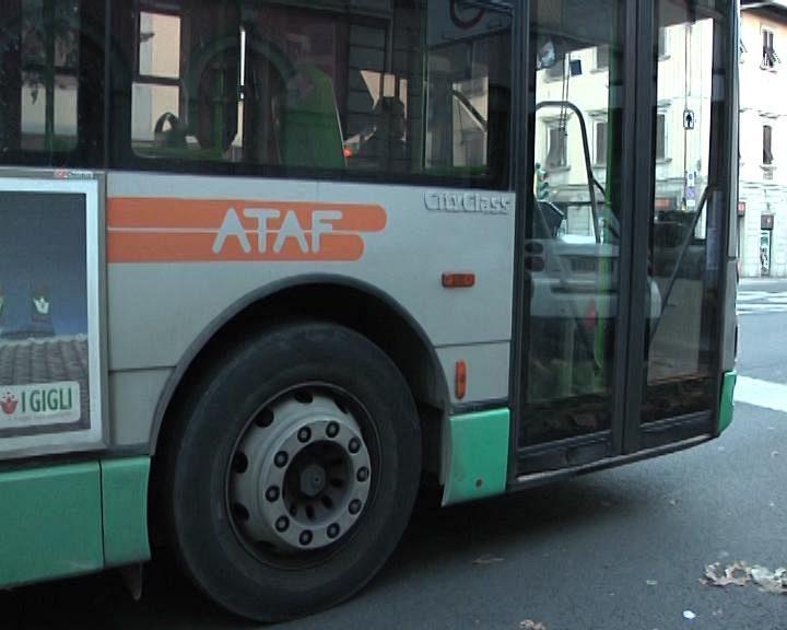 Travolto e ucciso dal bus indagato l 39 autista cronaca for Bagno a ripoli firenze bus
