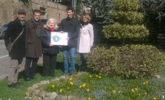 Ufficio Verde Pubblico Arezzo : Nuovi alberi per arezzo oggi l iniziativa di m s piantati