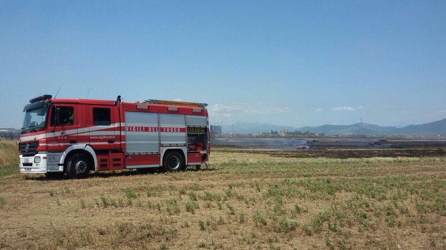 Elicottero Nazista : Incendio lungo via emilia cronaca pisa
