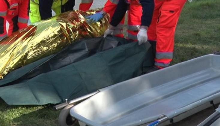 Arezzo, madre e figlio trovati morti: forse omicidio-suicidio