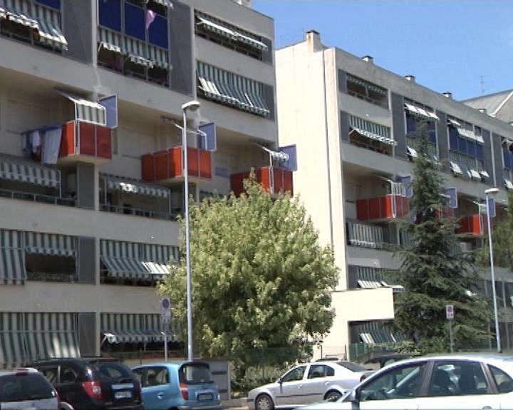 Emergenza casa 11 appartamenti per gli sfrattati for Generatore emergenza casa