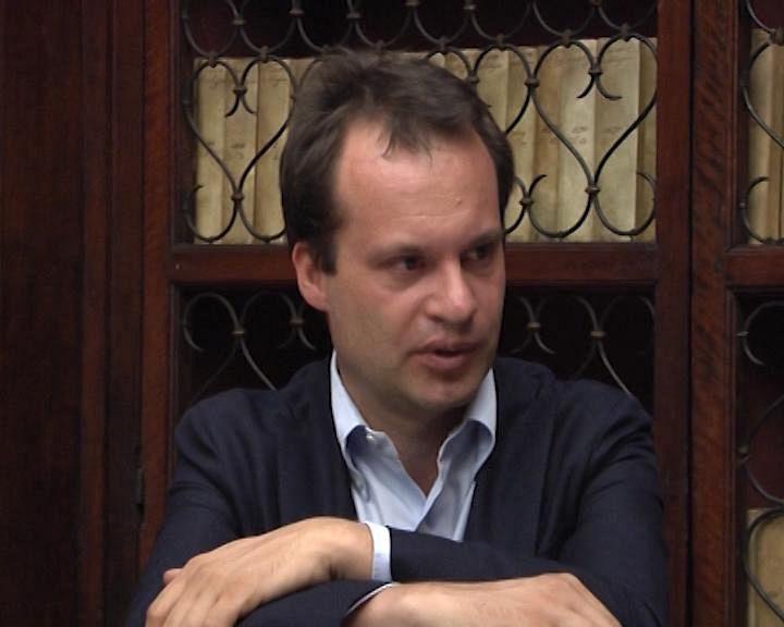 Banca Etruria, Ghizzoni dice tutto: Maria Elena Boschi si deve dimettere?