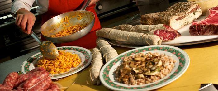 I turisti incoronano la cucina toscana attualit firenze - Cucina 16 firenze ...