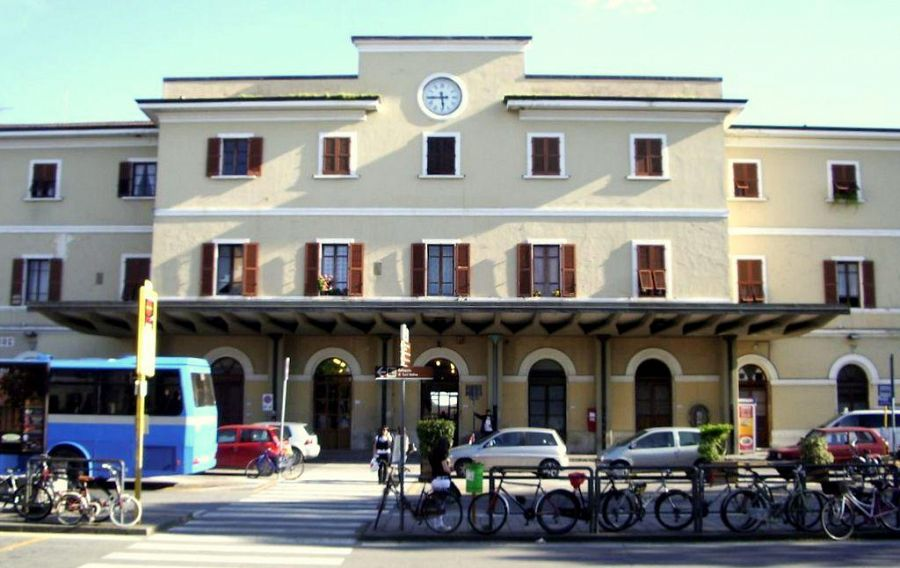 Richiedente asilo ubriaco palpeggia due anziane a Milano