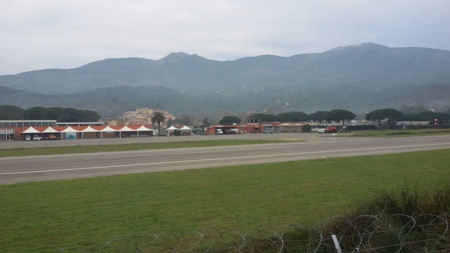 Aeroporto Elba Allungamento Pista : Aeroporto ok all allungamento della pista attualità