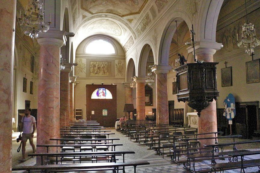 Ladri in chiesa il gioved santo rubati 500 euro for Costo della casa di 900 piedi quadrati