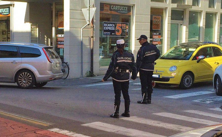 Far pip in largo alinari gli costa caro cronaca firenze for Bagno a ripoli polizia municipale