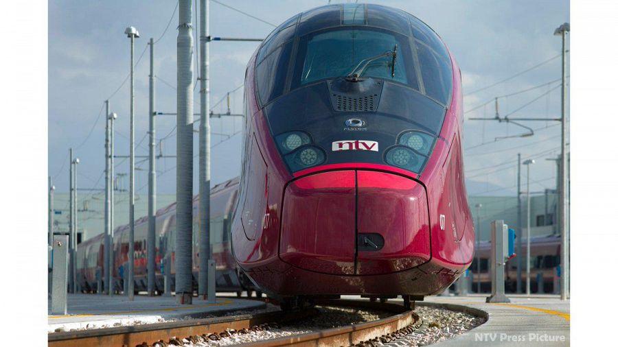 Frosinone, treno Italo bloccato per oltre 4 ore. Soccorsi 400 passeggeri