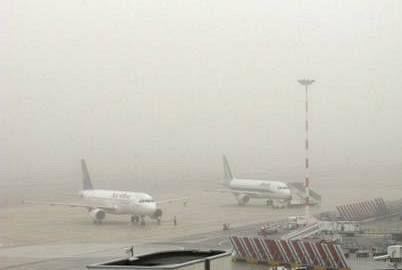 Nebbia a Firenze, disagi aeroporto