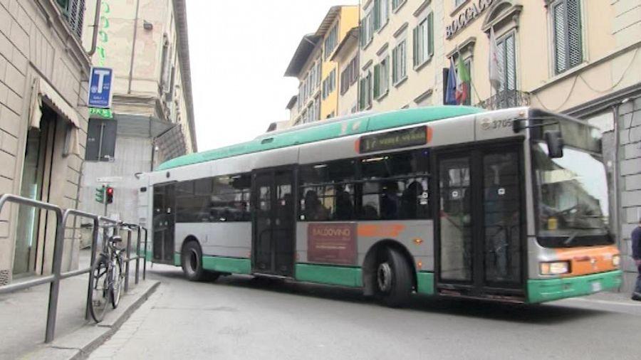 Aggressioni sul bus la cgil batte i pugni attualit firenze for Bagno a ripoli firenze bus