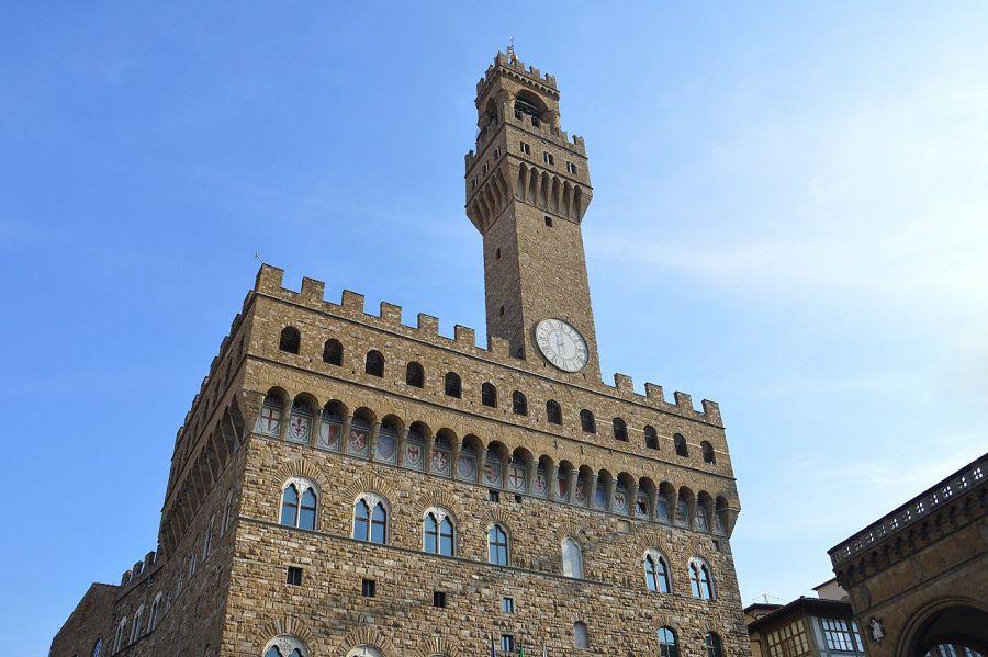 Palazzo Vecchio Ok Dei Dipendenti Al Contratto Lavoro
