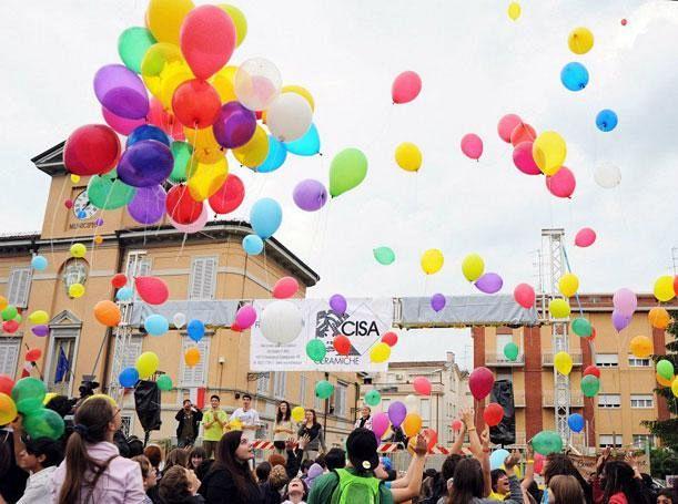 le scuole si ritrovano a mondo festa