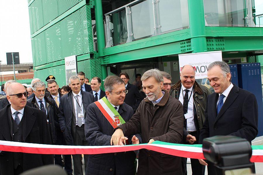 Inaugurazione del Pisa Mover: tutti pronti a salire sulla navetta del futuro