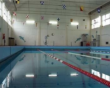 Corsi di nuoto nella piscina riaperta attualit portoferraio - Corsie per piscine ...