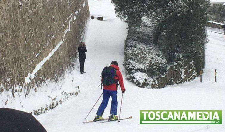 Cronaca - Neve su Milano e Firenze, pioggia e gelo al Centro-Nord