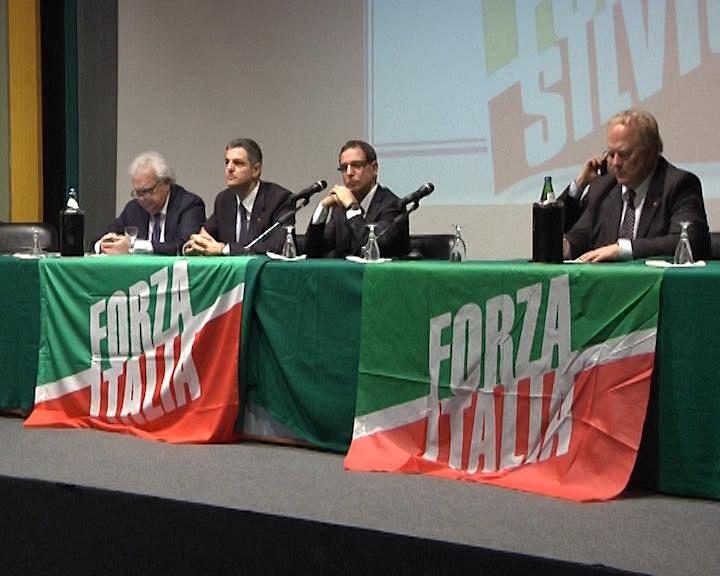 Forza italia sul ruolo dei parlamentari pd attualit for Parlamentari forza italia
