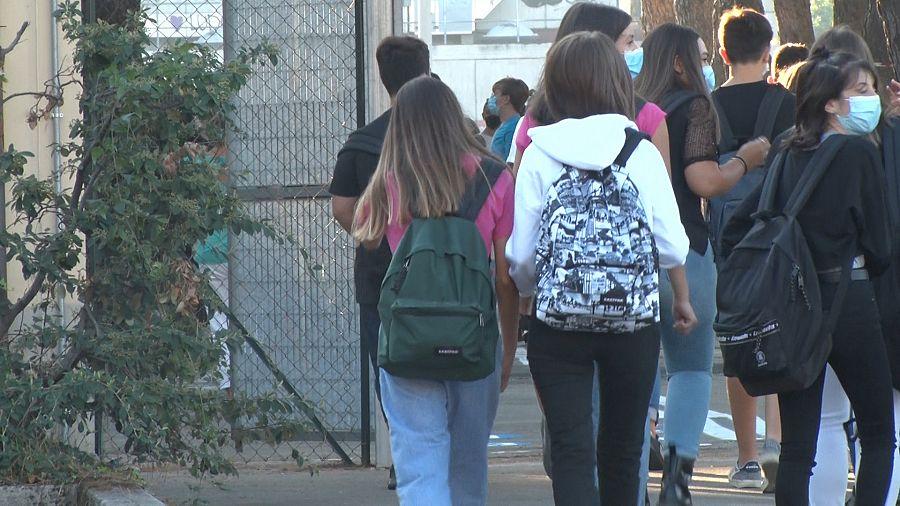 Inizia la scuola per 5,6 milioni di studenti