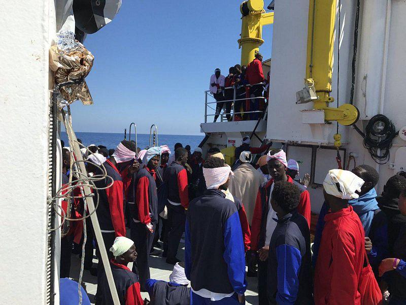 Nuovo sbarco di migranti al Porto di Salerno, l'annuncio