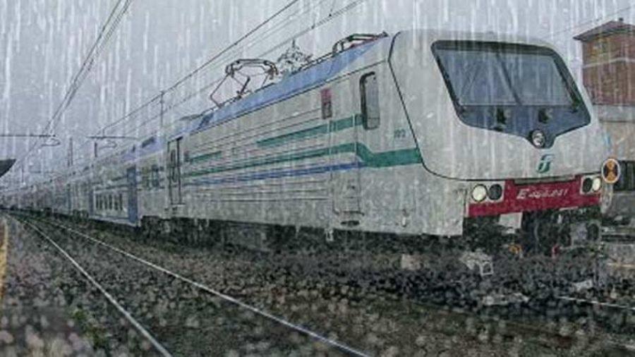 Nubifragio Aiuti Ai Passeggeri Dei Treni Attualit Firenze