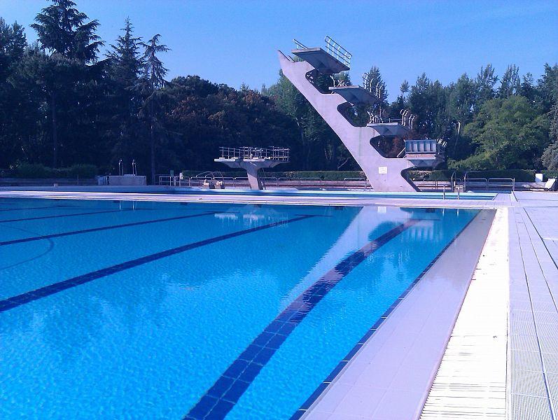 Un 39 estate alla piscina costoli attualit firenze - Piscina ozzano orari ...
