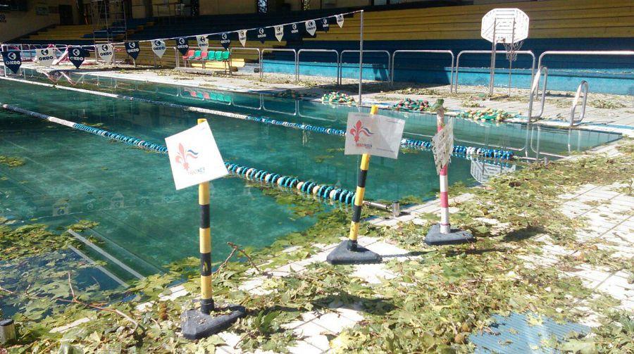 Bellariva piscina devastata le immagini attualit firenze - Piscina nannini firenze ...