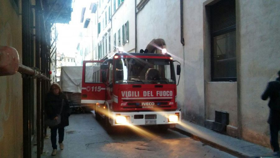 Firenze, evacuato palazzo via S.Egidio