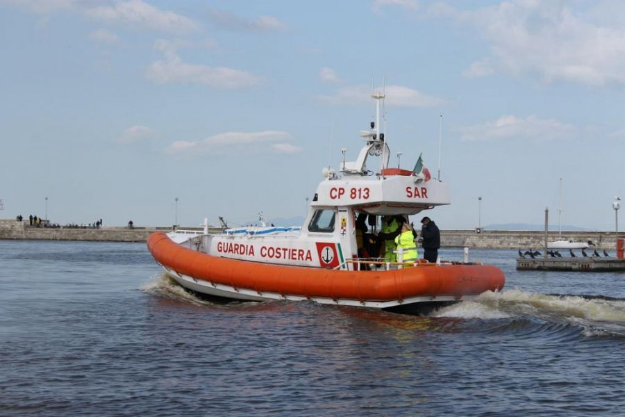 In mare a Livorno 130 kg, forse cocaina