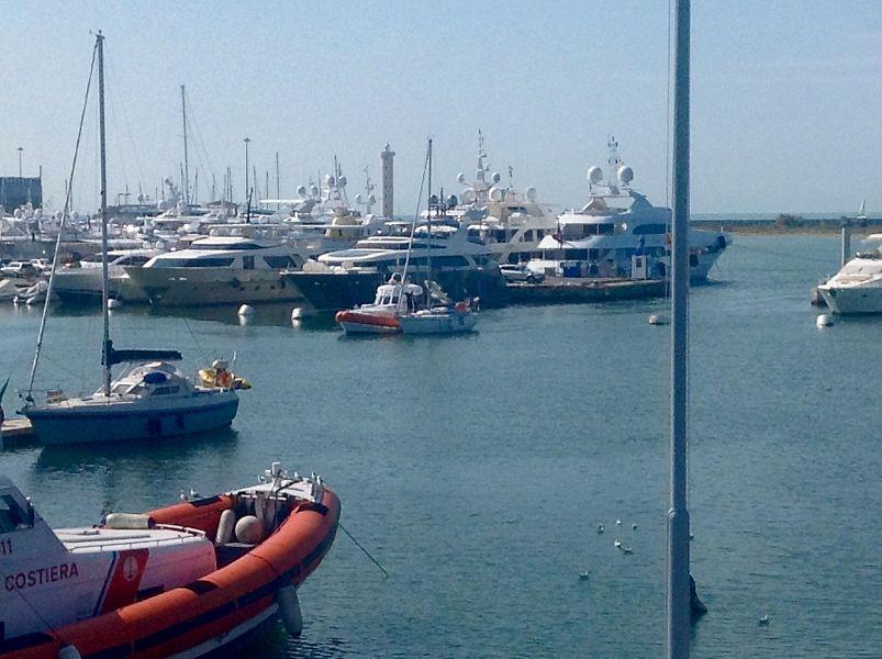 cagliari capitaneria di porto livorno - photo#45