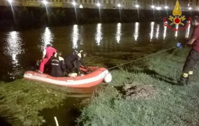 Pisa: cadavere di un uomo rinvenuto in Arno dai vigili del fuoco