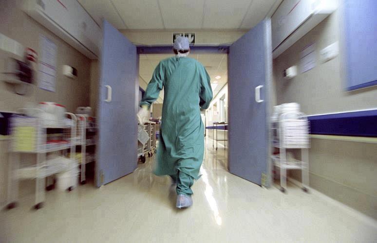 Firenze, muore a 10 anni durante intervento chirurgico: esposto dei genitori