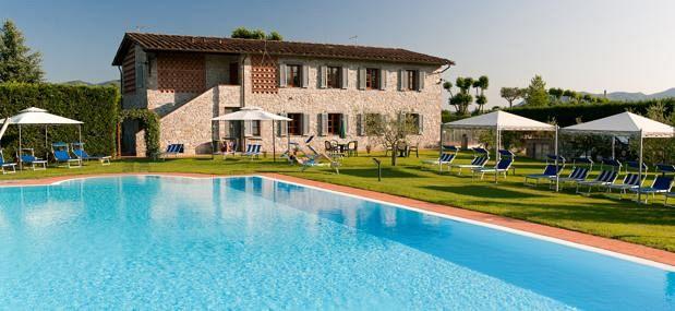 Legge sulle piscine c 39 la deroga attualit pomarance - Agriturismo napoli con piscina ...