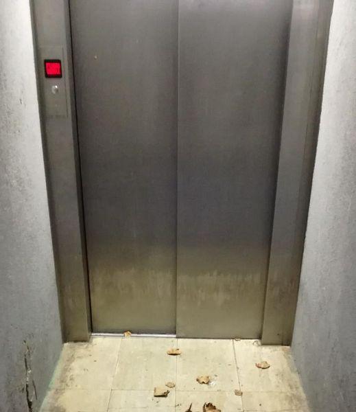 Si blocca l'ascensore, arrestato ladro in fuga