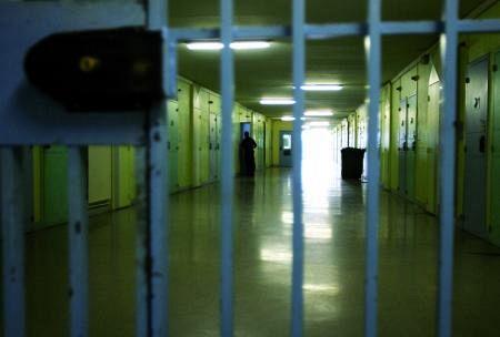 Pisa, rivolta in carcere dopo suicidio Interviene la polizia anti sommossa
