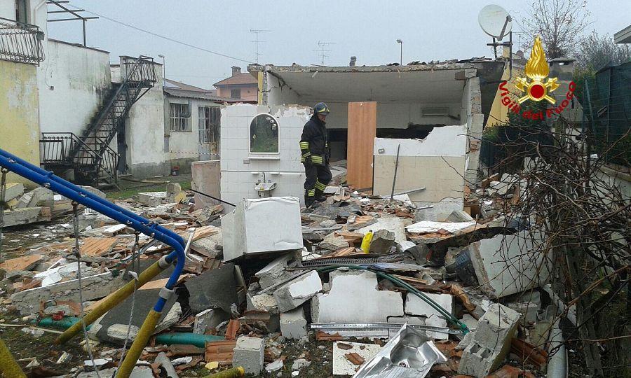 Quarrata, esplode un edificio: nessun ferito tra le macerie
