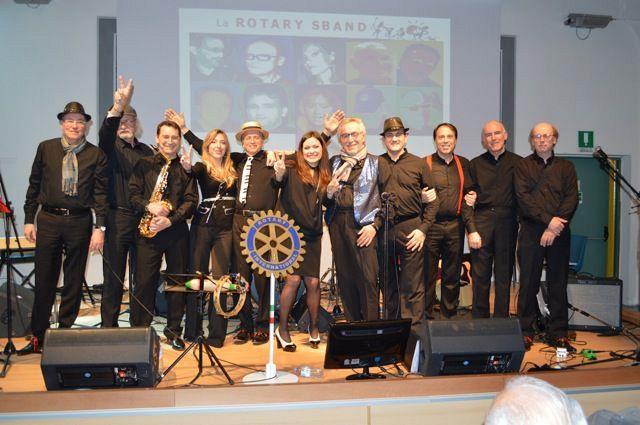 La Rotary Sband Con Gli Anziani Del Meacci