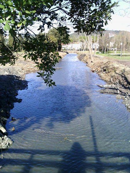 Proseguono i lavori alla fossa calda attualit campiglia for Immagini di laghetti