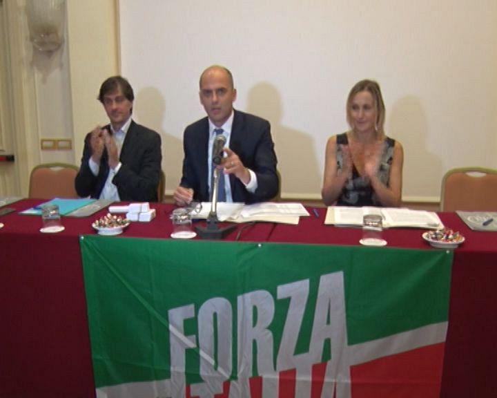 Mugnai e la nuova squadra toscana di forza italia for Deputati di forza italia