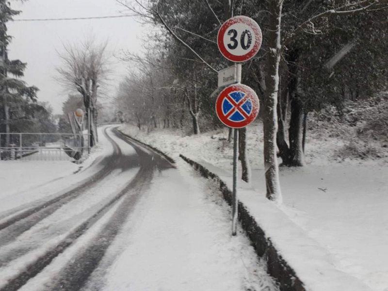 Maltempo, codice giallo per freddo e neve