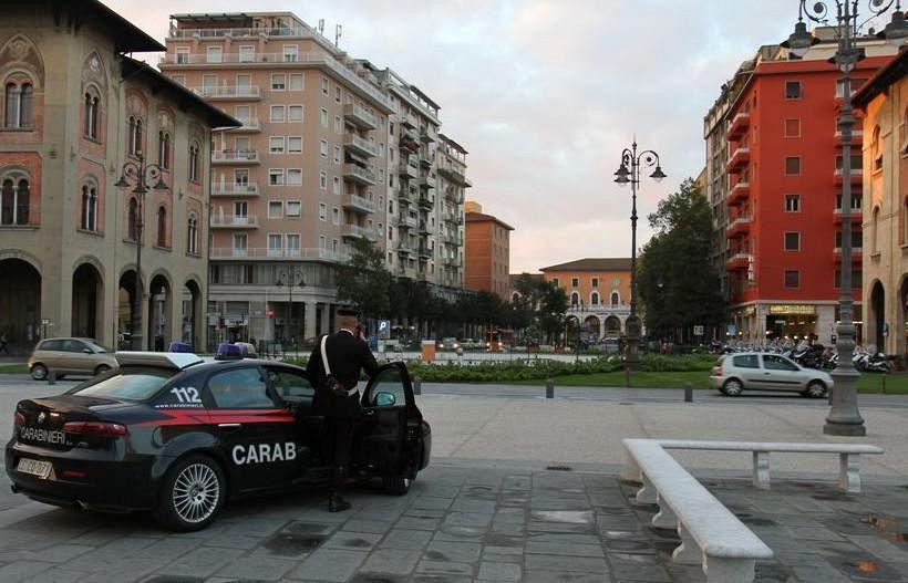 Fermato dai Carabinieri con dosi di marijuana, geometra finisce nei guai